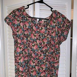 Floral short sleeved blouse